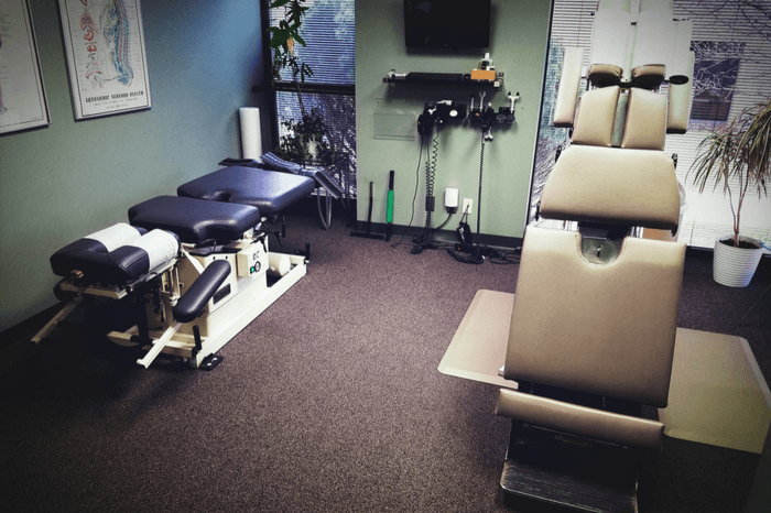 first-choice-chiropractic-of-northville-chiropractic-adjustment-room